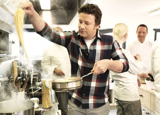 CC 033: Master Chef, Master Marketer: How Jamie Oliver Owns Content Marketing With Kavi Guppta